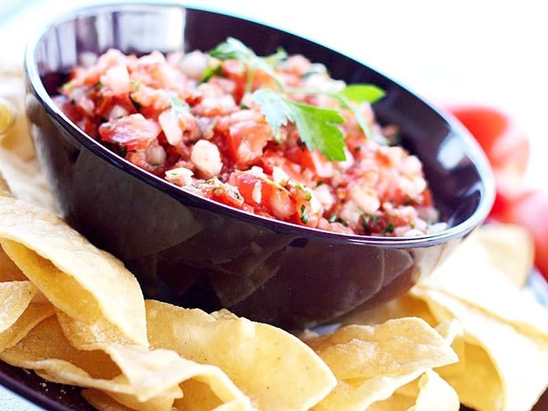 Salsa - härligt att röra ihop från egen skörd