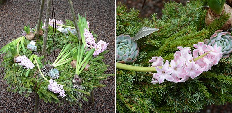 Krans utomhus med granris och hyacinter