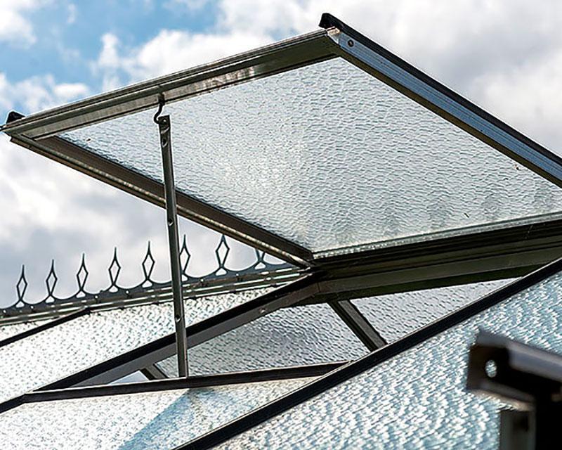 Automatisk takluftning i växthus