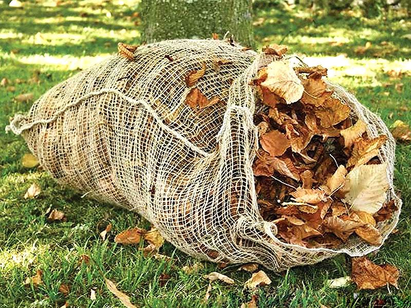 Återvinn i trädgården med olika typer av kompostering - lövsäck