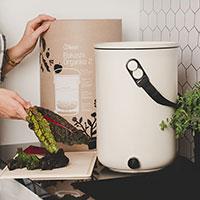 Bokahi 2.0 kompost med kartong
