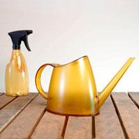 Fuchsia vattenkanna och sprayflaska, amber
