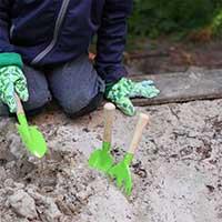 Trädgårdsredskapsset för barn, miljöbild.