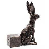 Krukfot, vaksam hare