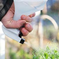Sprayflaska. 1 L för spray av vatten, näring och bekämpningsmedel