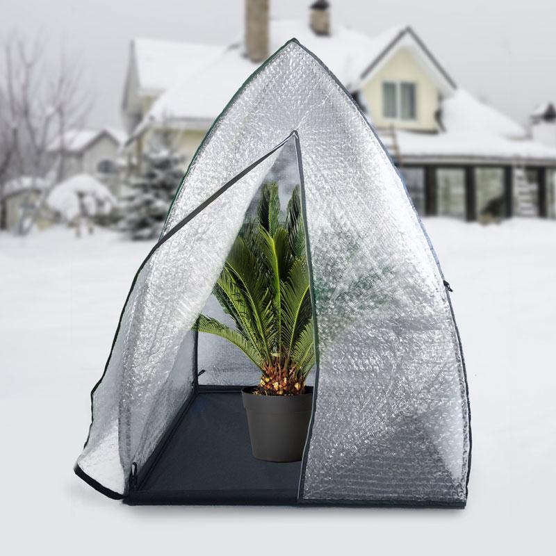 Igloo växttält för övervintring av krukväxter ute.