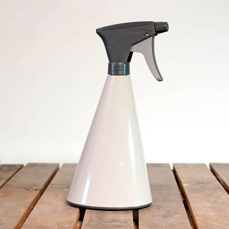 Loft sprayflaska 0,7 liter med högblank finish i silkesgrått