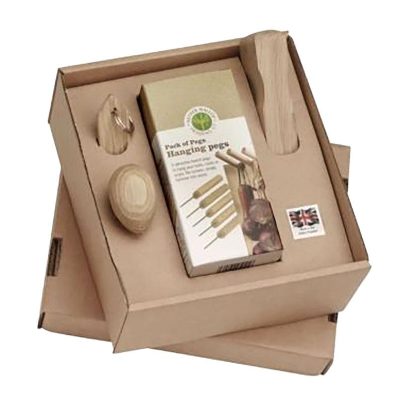 Set med produkter för köket i FSC-odlat trä