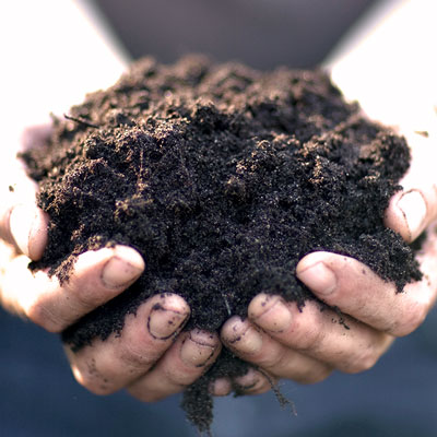 Produkter för jordförbättring i rabatt mm