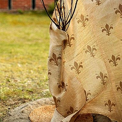 Juteväv och fiberduk för vinterskydd av växter