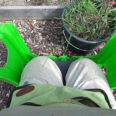 Knäskydd för trädgårdsarbete