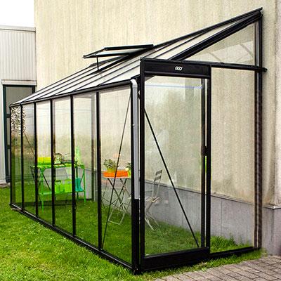Väggväxthus som vinterträdgård eller uterum