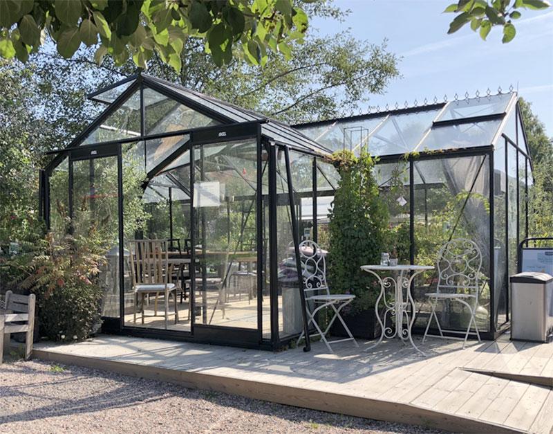 Växthusutställning med orangeri hos Kröns i Väddö