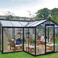 Orangeri Babette 15,4 kvm-Orangeri Babette, ett växthus för odling och avkoppling