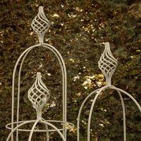 Växtstöd Obelisk Elegance salvia, stor-Växtstöd i smide Obelisk Elegance Salvia 170 cm