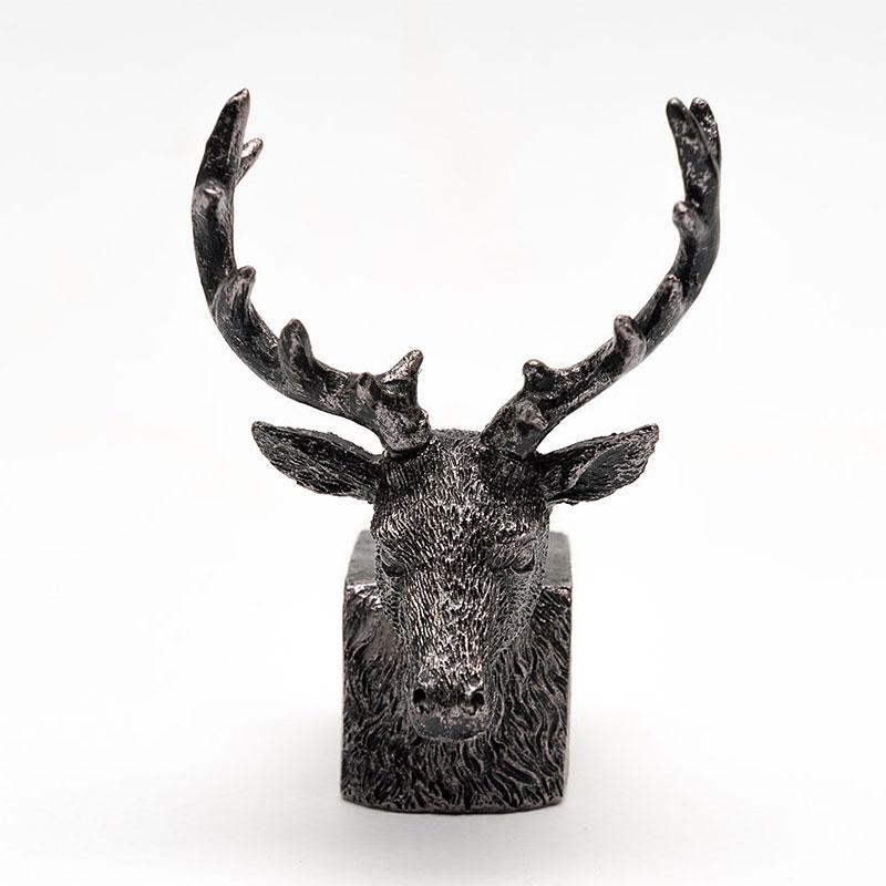 Krukfötter motiv hjort, närbild