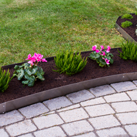Planteringskant kvartsbåge aluzink, 120x500 mm, Blomplantering med raka planteringskanter