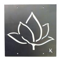 Tankeruta Lotus, rostar-Dekordel i rost med motiv av en lotusblomma för armeringsnät