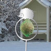 Dekorativ hållare till talgboll, igelkott grå-Fågelmatare - dekorativ hållare för talgboll igelkott grå