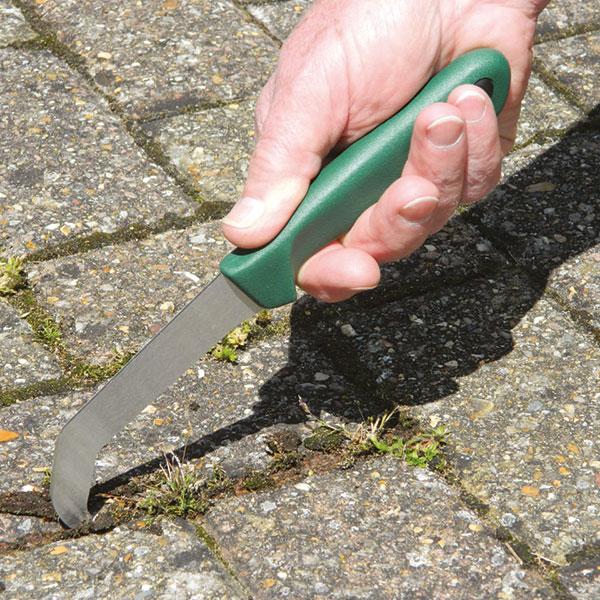 Renskniv för ogräs och mossa, Vinklad ograskniv