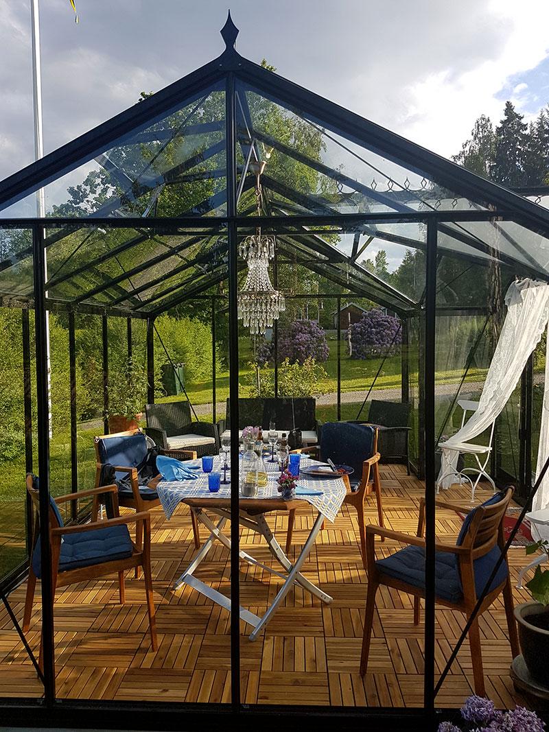 Orangeri Helene inrett för måltid och samvaro