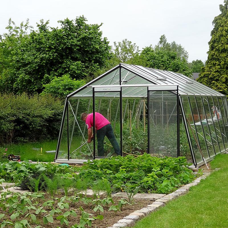 Action växthus för odling av ätbara växter