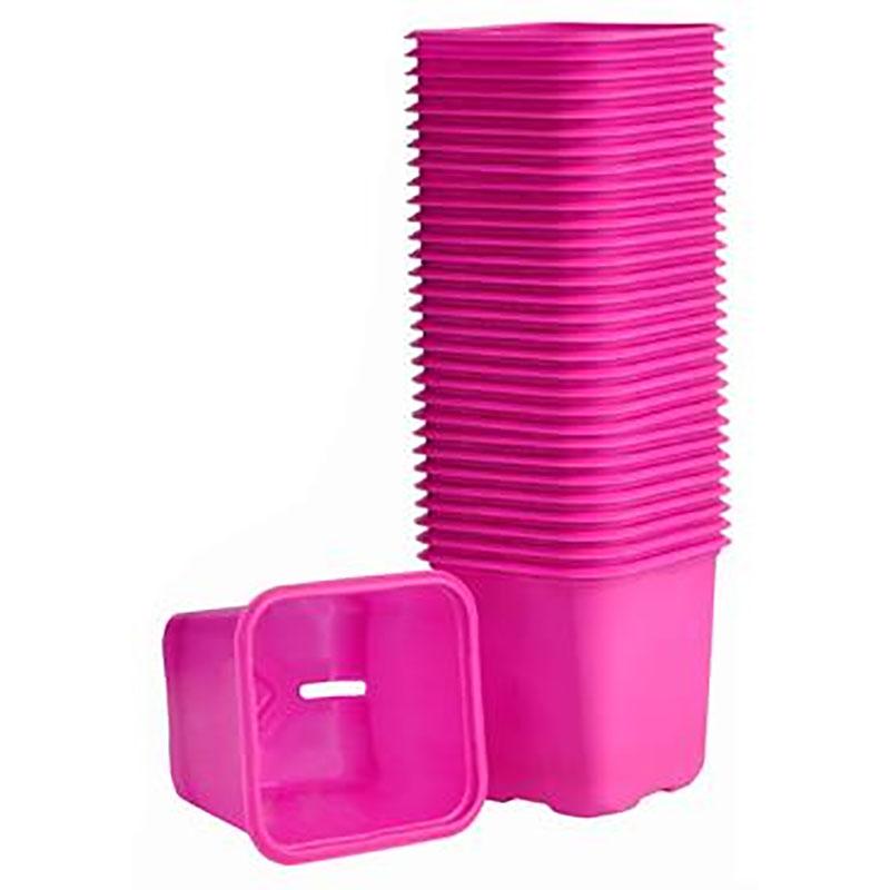 Rosa plastkrukor för odling