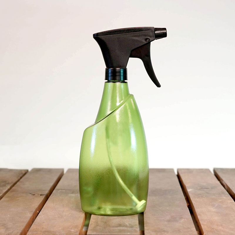 Genomskinlig sprayflaska Fuchsia 0,7 liter, grön