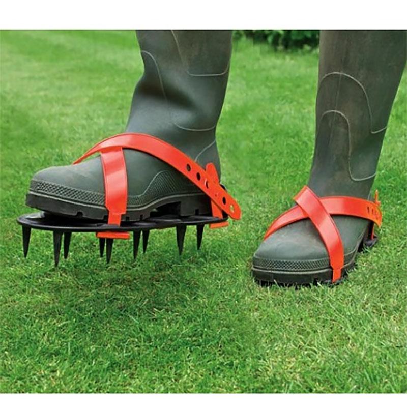 Gräsmatteluftare för fötter
