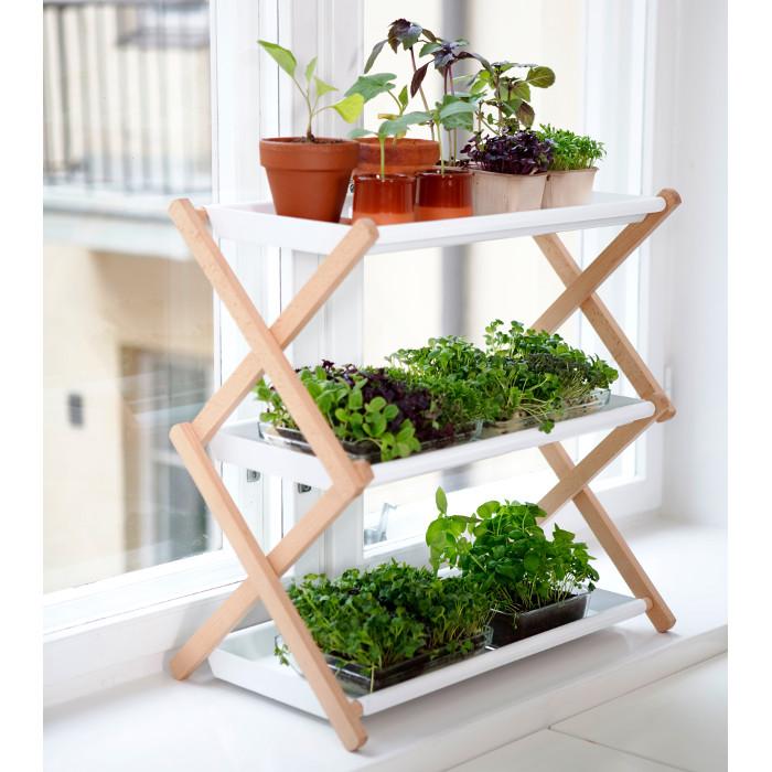 Gröna hyllan #,  Växthylla med plats för många plantor på liten yta