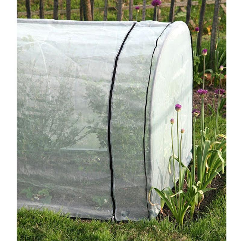 Nätskydd till bågväxthus i litet format