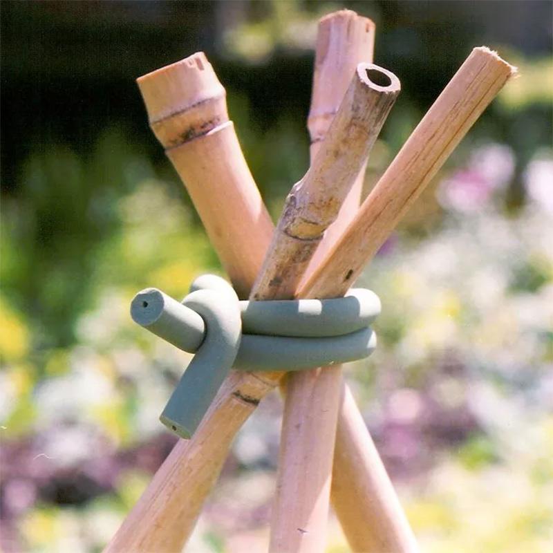 Gummiklädd ståltråd för uppbindning