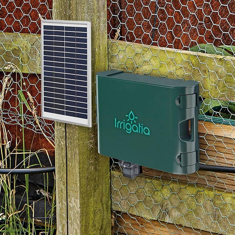 Solcellsdrivet bevattningssystem för trädgård, kökland och växthus.