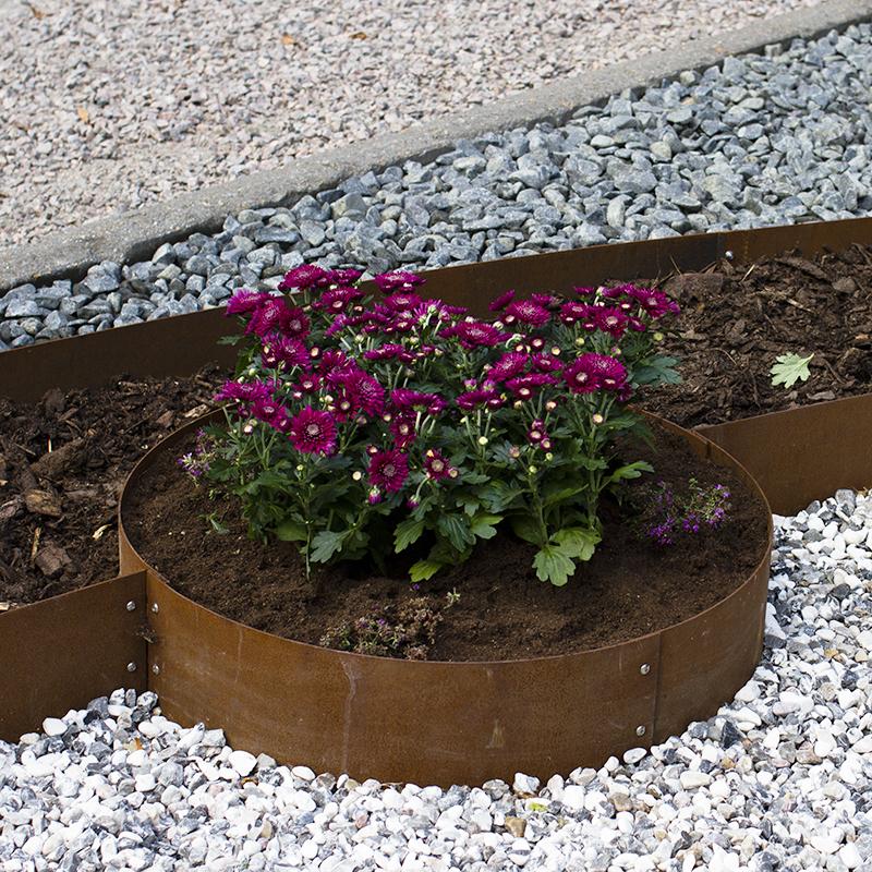Planteringskant kvartsbåge corten, 120x1150 mm, Blomplantering med cirkelformad planteringkant