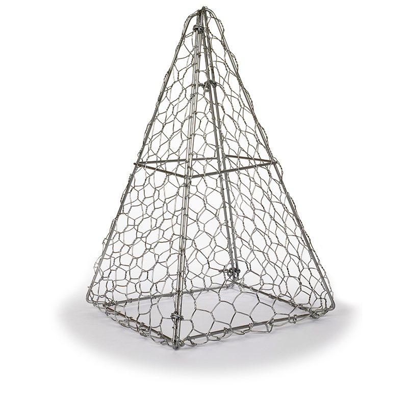 Pyramid Topiary Frame - formklippningsmall för buxbom mfl