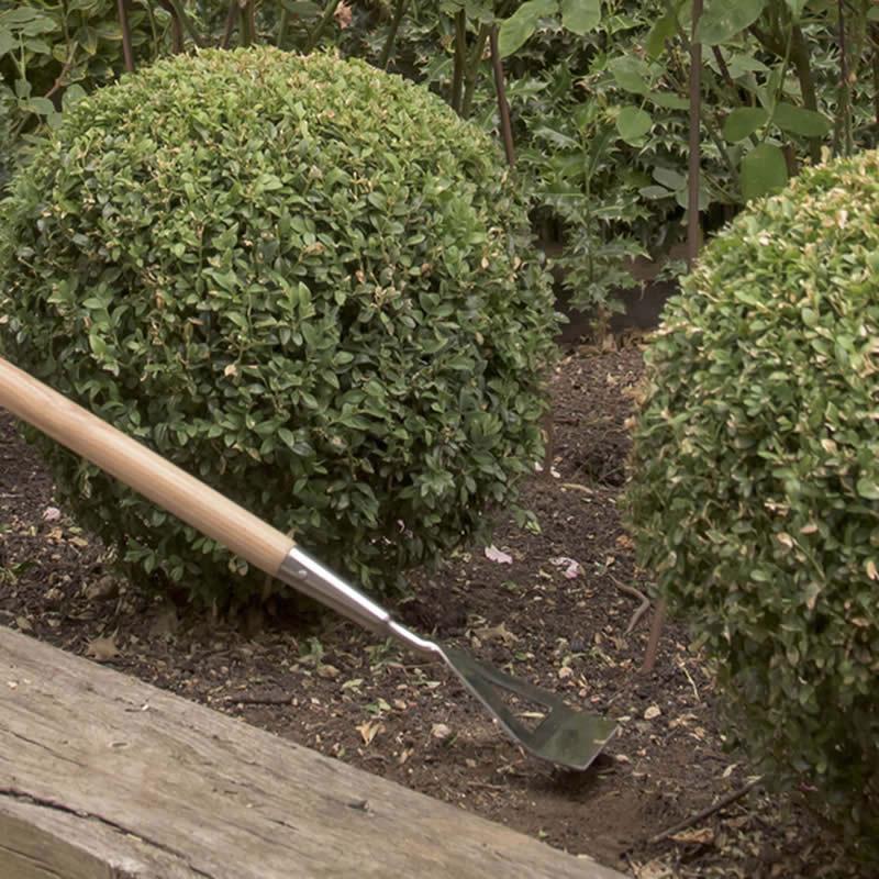 Rensjärn, Garden Life i rostfritt stål