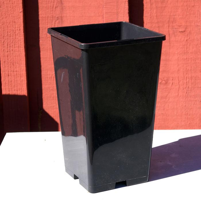 Planteringskruka - roskruka-Roskruka/perennkruka i plast 13 x 13 x 23 cm