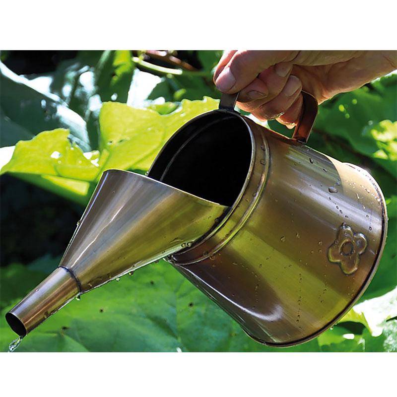 vattenkanna till krukväxter