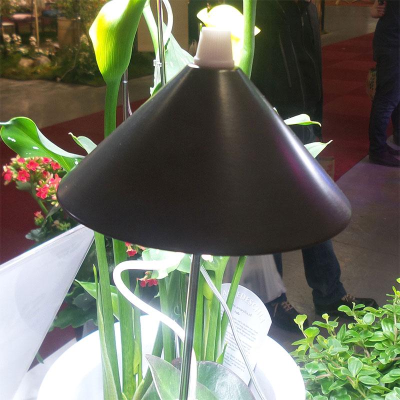 SunLite växtlampa med teleskopstativ, grafitgrå,