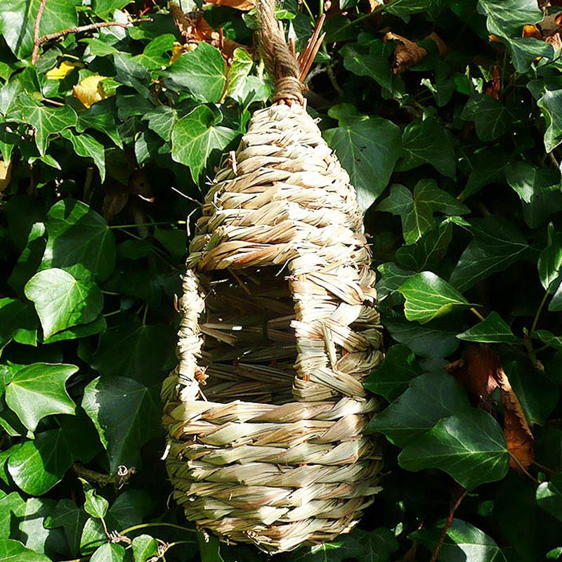 Rosting Nest Pocket, Fågelbo, Fågelbo i naturmaterial
