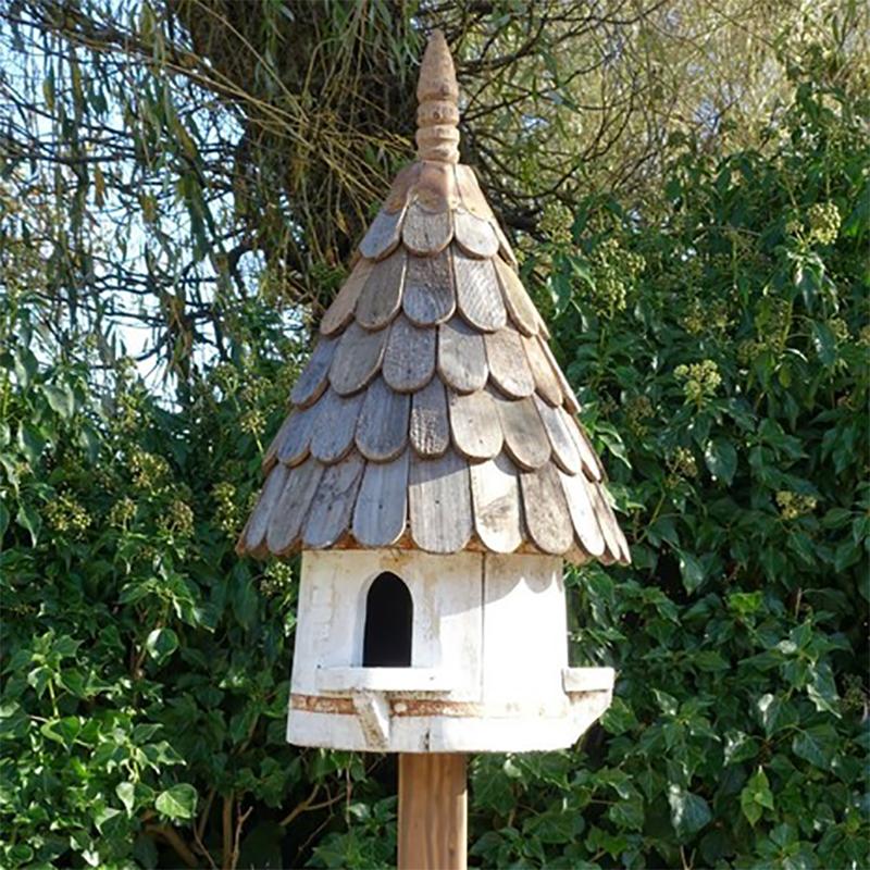 Klassisk rund fågelholk, modell duvslag-Traditionell engelsk fågelholk med tre igångar